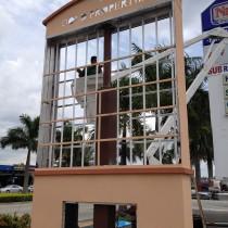 Pole Signs Miami